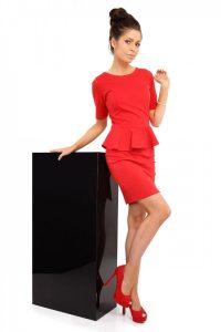 czerwona sukienka moe014