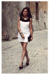 s25 biała sukienka