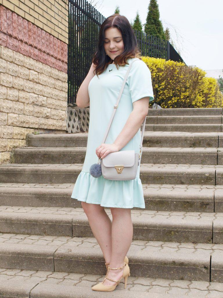 pastelowa sukienka 2