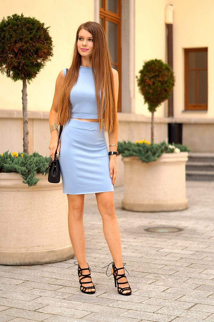 niebieski komplet