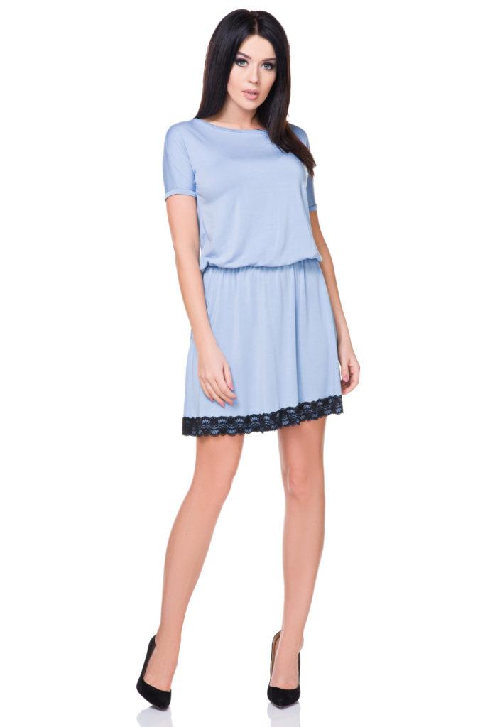 błękitna sukienka na lato