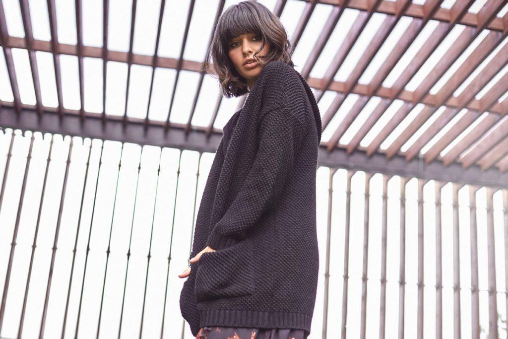 Sweter czarny bk002